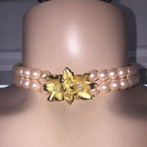 RICHELLEU pink pearl choker Necklace gold crystals